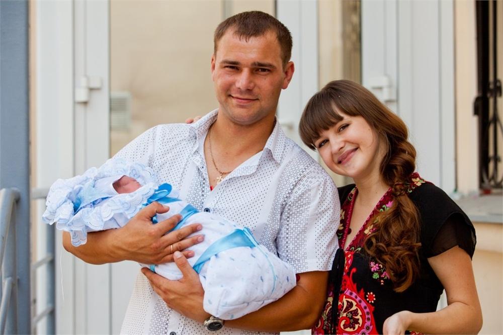 ПАО Архангельске: в чем выписывают детей из роддома в сентябре относишься
